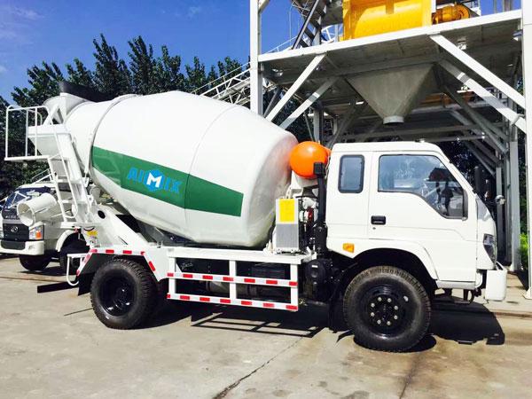 mini concrete mixer truck